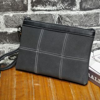 BagBuzz(バッグバズ) - Contrast Stitching Clutch