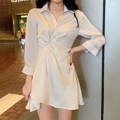 Apotheosis - 七分袖飾領迷你A字連衣裙