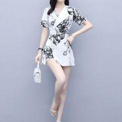 Jeonseon - Set: Short-Sleeve Print A-Line Dress + Shorts