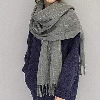 Pompabee - 条纹流苏下摆绒质围巾