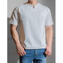 STYLEMAN - Slit-Neck T-Shirt