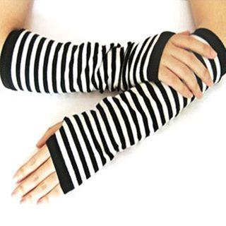 Damasco - Plain Knit Fingerless Gloves