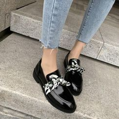 天姿 - 扭结漆皮乐福鞋