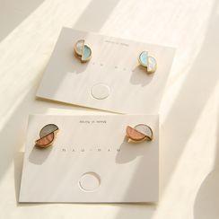 HayHill - Two-Tone Semi-Circle Stud Earring / Clip-On Earring
