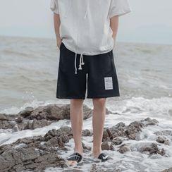 49th Day - 字母贴布绣运动短裤