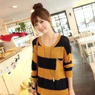 CLICK - Asymmetric-Hem Stripe Knit Top