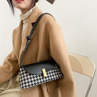 Perlin - Houndstooth Faux Leather Shoulder Bag