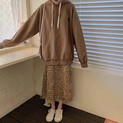 Ashlee - Oversize Hoodie / Printed Midi A-Line Skirt