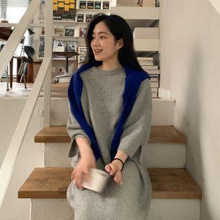 FROMBEGINNING - 3/4-Sleeve Midi Knit Dress