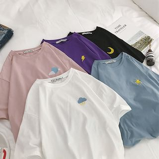 Edise - Elbow-Sleeve Weather Motif Embroidered T-Shirt
