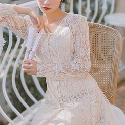 Ninda - Buttoned Long-Sleeve Midi A-Line Lace Dress