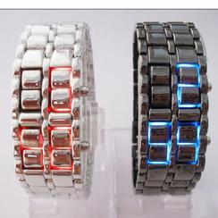 Lazy Corner - Metal Bracelet Watch