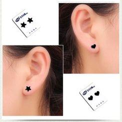 Prushia(プルシア) - Acrylic Magnetic Stud Earring
