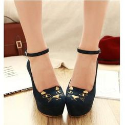 Freesia - 貓刺繡厚底船跟鞋