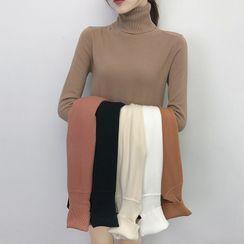 Romantica - Long-Sleeve Turtle-Neck Knit Top
