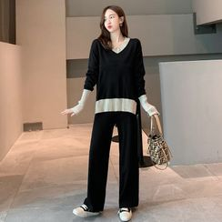 Hiccup - Maternity Set: V-Neck Sweater + Wide-Leg Knit Pants