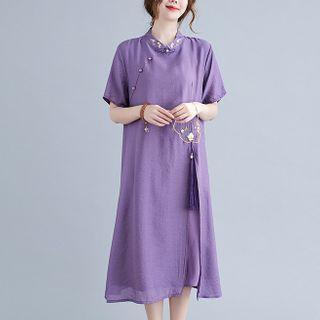 Bohomina - Short-Sleeve Embroidered Midi Qipao Dress