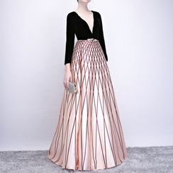 Sennyo - Patterned Panel 3/4 Sleeve Evening Gown