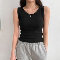 MERONGSHOP - Plain U-Neck Tank Top
