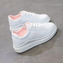 Solejoy - 仿皮休閒鞋