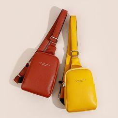 tablarosa(タブラロザ) - Faux Leather Zip Sling Bag