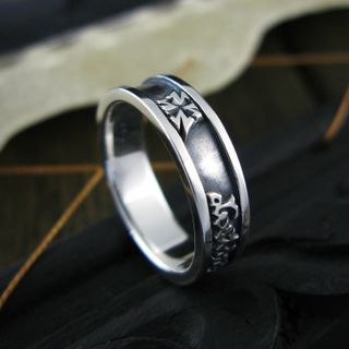 Sterlingworth - Cross Engraved Sterling Silver Band Ring