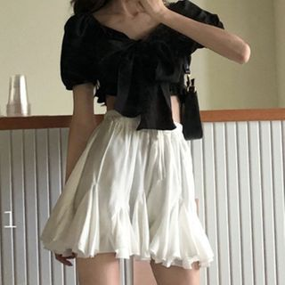 Magimomo - Puff-Sleeve Bow Cropped Blouse / Ruffled A-Line Skirt