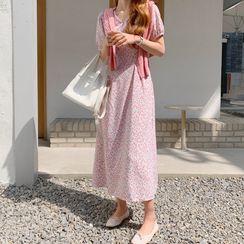Envy Look - Tie-Waist Floral Print Dress