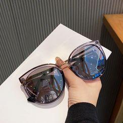 MOL Girl - Oversized Round Frame Sunglasses