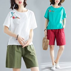 RAIN DEER - Set : Embroidered T Shirt + Semi Pants