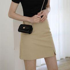 SOMUI - Slit-Front Mini A-Line Skirt