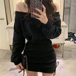 Magimomo - Off-Shoulder Long-Sleeve Mini Sheath Dress
