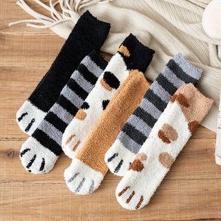 Wolfhara - Animal Print Fluffy Socks
