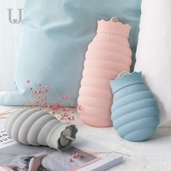 Manore - Silicone Hot Water Bottle with Cover Sleeve