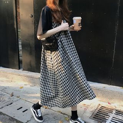Melon Juice - Short-Sleeve T-Shirt / Spaghetti-Strap Plaid Midi Dress