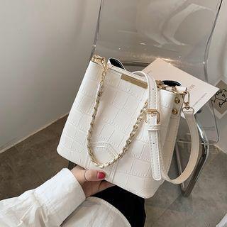 BAGUS - Chain Crossbody Bucket Bag