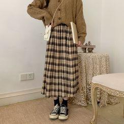 Baseris - Plaid Pleated Midi Skirt