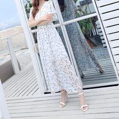 Lewwe - Short-Sleeve Maxi Sundress