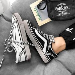 Solejoy - Canvas Sneakers