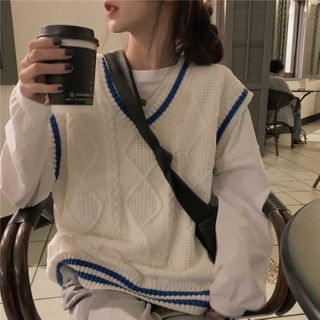 GOUB - Cable Knit Sweater Vest