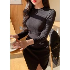 chuu - Crew-Neck Ribbed Knit Top