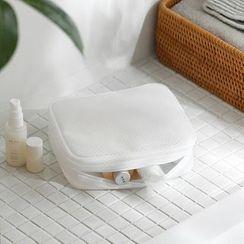 Lazy Corner - Mesh Toiletry Bag