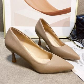 Weiya - Pointed Flared Heel Pumps