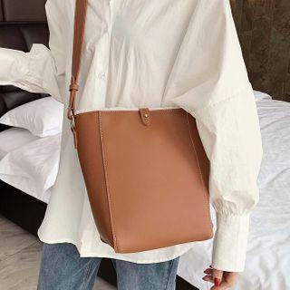 Emvee - Faux Leather Bucket Bag