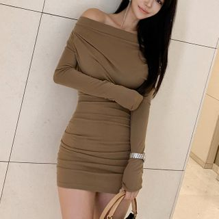 Dimanche - Off-Shoulder Ruched Mini Sheath Dress