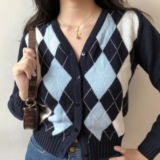 Sinora - V-Neck Argyle Cropped Cardigan