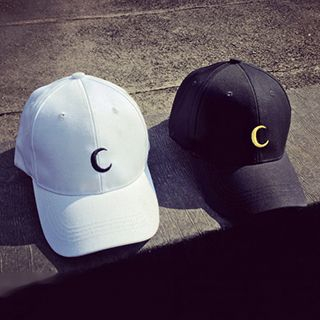 Hats 'n' Tales - Embroidered Crescent Moon Cap