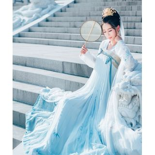Blue Fountain - Traditional Chinese Costume
