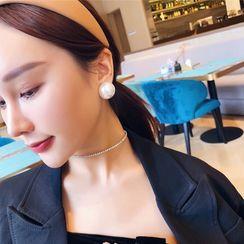 Sexy Tokyo - Faux-Pearl Stud Earring / Clip-On Earring