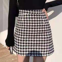 Puntino - Houndstooth Mini Pencil Skirt / Camisole Top